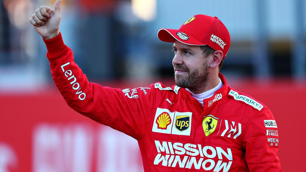 Sebastian Vettel freut sich über seinen neuen Boliden