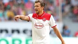 Mittelfeldspieler Adam Bodzek verletzt sich im Training