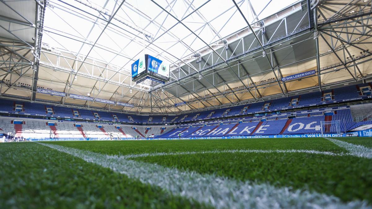 Die Fans des FC Schalke dürfen wieder ins Stadion