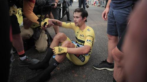 Einen Tag vor Tour-Ende musste Primoz Roglic sein Gelbes Trikot wieder ausziehen