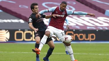 Sebastién Haller (r.) holte mit West Ham einen Punkt gegen ManCity