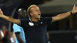 Gernot Rohr steht mit Nigeria im Afrika-Cup