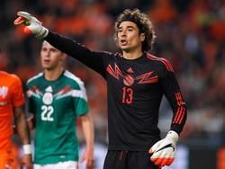 El Memo Ochoa en un amistoso ante Holanda (Foto: Getty)