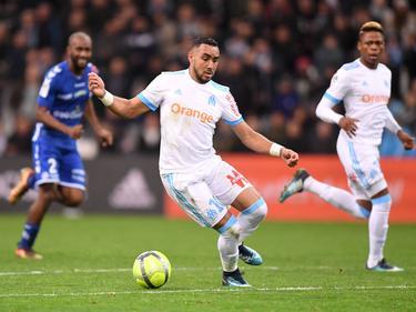 Este regate de Payet lesiona a portero del rival del Estrasburgo. (Foto: Imago)
