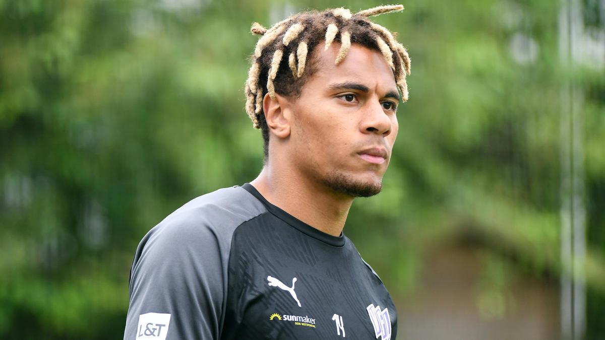 Etienne Amenyido bleibt beim VfL Osnabrück