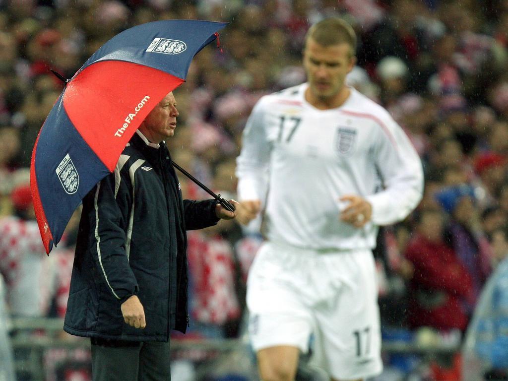 Wm News Größte Blamagen Trottel Mit Regenschirm