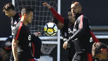 Alexis y Vidal en el entrenamiento de hace unas horas con Chile. (Foto: Getty)