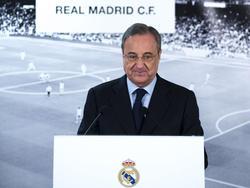 Florentino Pérez manda una pulla a Piqué y al Barça. (Foto: Getty)
