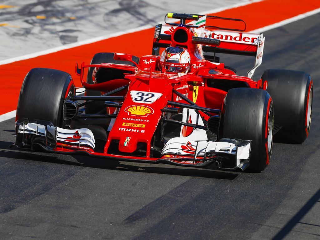Ferraris Nachwuchspilot Charles Leclerc darf sich über die Bestzeit freuen