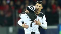 Ein Flitzer schaffte es aufs Feld, um Cristiano Ronaldo zu huldigen