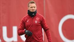 Julian Nagelsmann sitzt nicht auf der Bank des FC Bayern