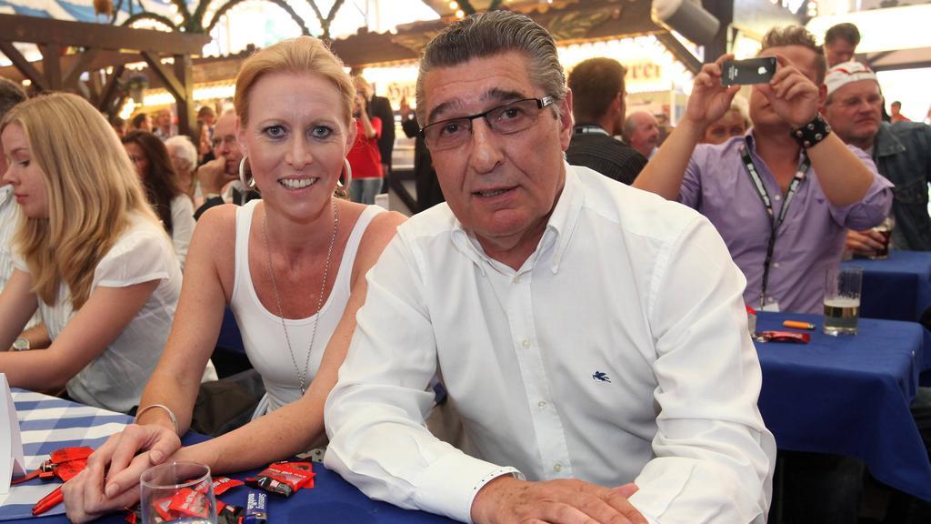 Britta Assauer bewirbt sich als Managerin des FC Schalke 04