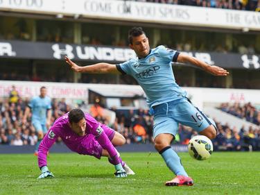 Agüero (dcha.) le aseguró puntos importantes al City en casa del Tottenham. (Foto: Getty)
