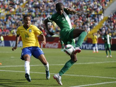 Víctor Osimehn es ahora el máximo goleador del torneo con 8 goles. (Foto: Imago)