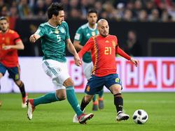 Silva (dcha.) en el encuentro de anoche ante Alemania. (Foto: Getty)
