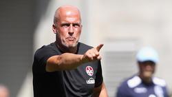 Michael Frontzeck muss nach der Niederlage seine Mannschaft neu aufbauen