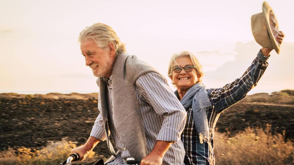 Im Alter fit zu sein, ist das Ziel der meisten Menschen. Eine Ernährungsumstellung mit Metabolic Balance schenkt neue Energie und fördert die Gesundheit bis ins hohe Alter