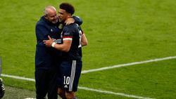 Schottland um Trainer Steve Clarke (l.) zeigte gegen England ein beherztes Spiel