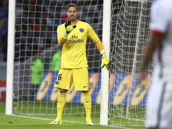 Kevin Trapp será la baja más importante de los parisinos ante el Madrid. (Foto: Imago)