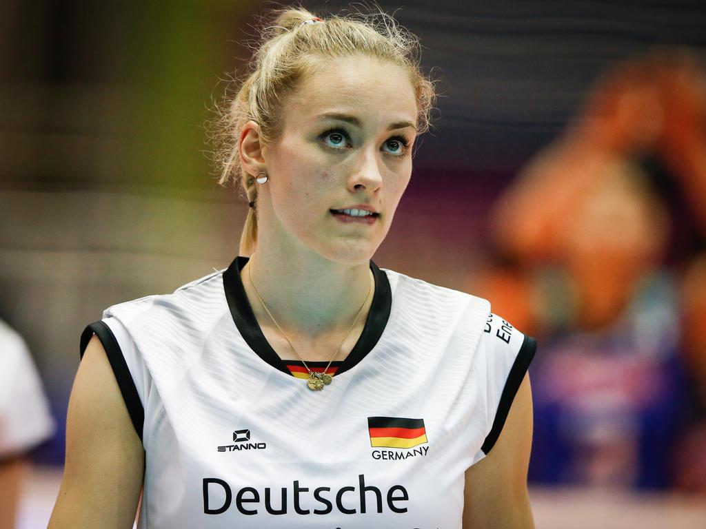 Louisa Lippmann und die DVV-Auswahl unterlagen Italien