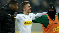 Für Thorgan Hazard (Mitte) und Borussia Mönchengladbach läuft es zur Zeit nach Maß
