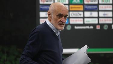 Nach Martin Kind, Präsident von Hannover 96, soll Thomas Doll Trainer bleiben