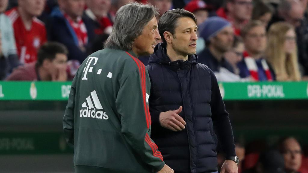 Langjähriger Mannschaftsarzt des FC Bayern: Hans-Wilhelm Müller-Wohlfahrt (l.)