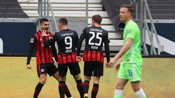 Eintracht Frankfurt jubelt über den Sieg gegen den VfL Wolfsburg
