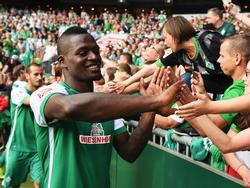 Assani Lukimya verabschiedet sich von Werder Bremen