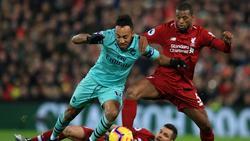 Pierre-Emerick Aubameyang (l.) brachte gegen den FC Liverpool quasi nichts zustande
