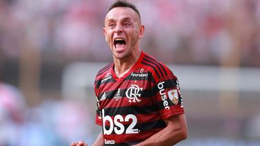 Ex-Bayern-Spieler Rafinha schwimmt mit Flamengo auf der Erfolgswelle