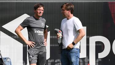 Markus Krösche (r.) ist Sportvorstand bei Eintracht Frankfurt