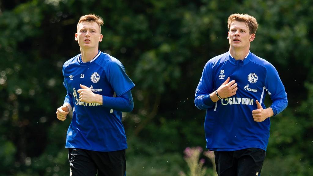 Alexander Nübel (r.) erhält beim FC Schalke 04 wohl den Vorzug vor Markus Schubert