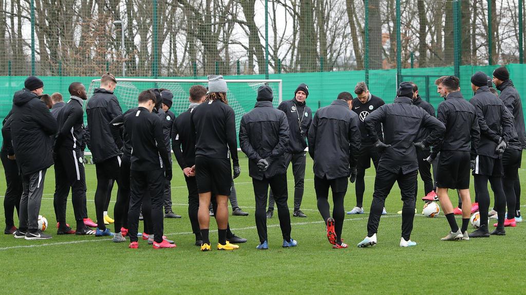 Der VfL Wolfsburg setzt den Trainingsbetrieb wieder ein