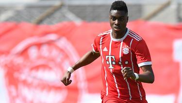 Maxime Awoudja verlängert beim FC Bayern