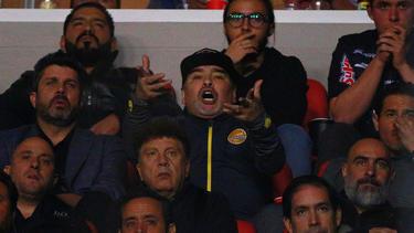 Diego Maradona musste das Spiel von der Tribüne aus verfolgen
