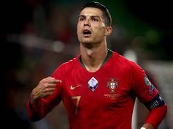 Ronaldo con la camiseta de la selección lusa.