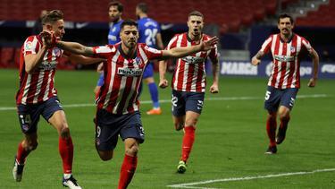 Matchwinner gegen Getafe: Luis Suárez (2.v.l.)