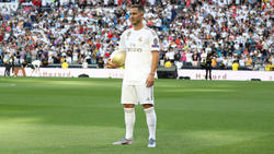 Eden Hazard ist den Fans in Madrid präsentiert worden