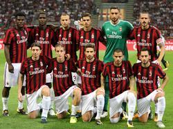 De spelers van AC Milan poseren voor de foto voor het duel met KF Shkëndija 79. (17-08-2017)