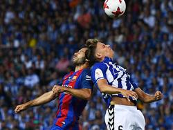 Golpe entre Mascherano y Marcos Llorente (Foto: Getty)