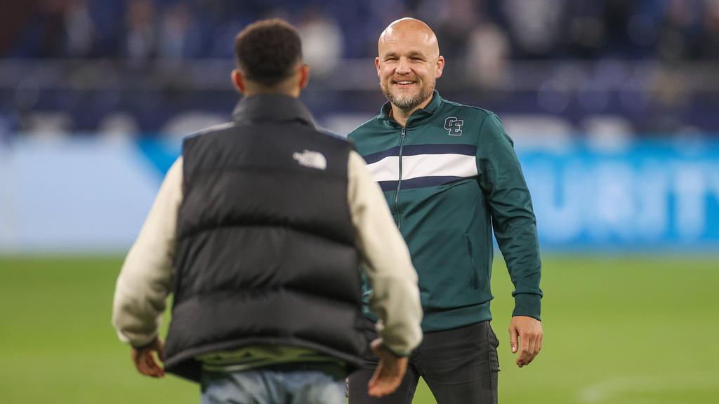 Rouven Schröder stand beim FC Schalke 04 zuletzt unter großem Druck