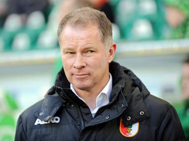 Augsburg-Manager Stefan Reuter äußert Kritik