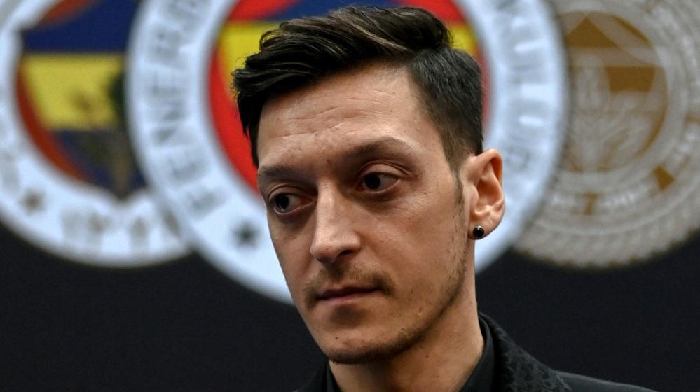 Mesut Özil steht vor Debüt für Fenebahce