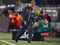 Dortmunds Trainer Jürgen Klopp scheint sich auf das Gruppenspiel in der Champions League einzustimmen