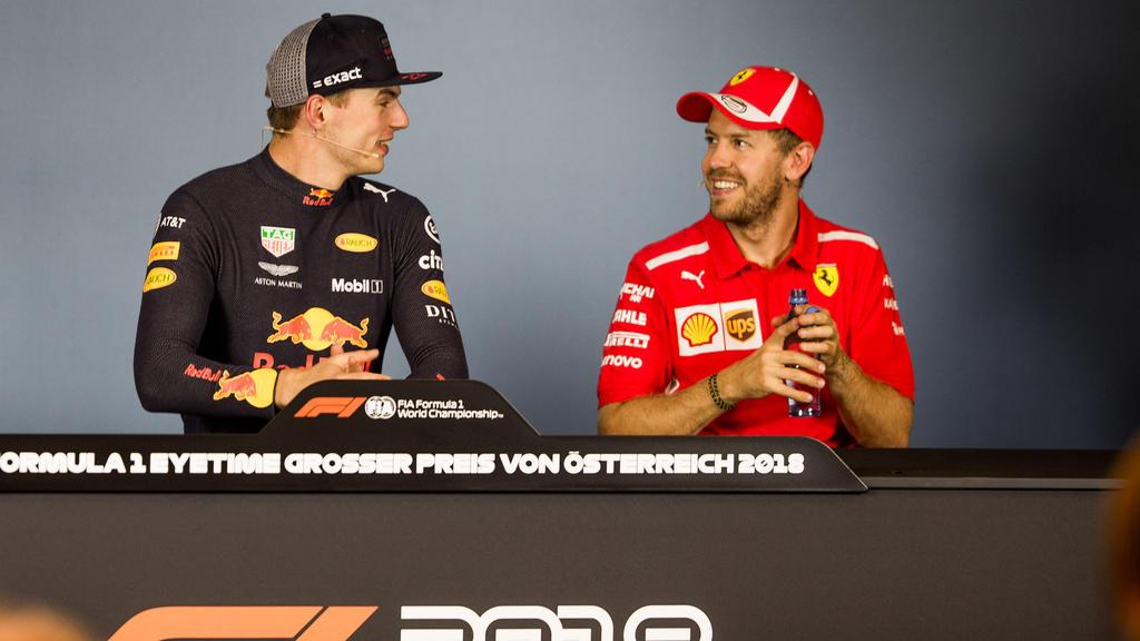 Um Sebastian Vettel (r.) ranken sich wilde Spekulationen