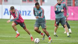 Würde beim FC Bayern gern weiter Jérôme Boateng an seiner Seite haben: Thomas Müller (l.)