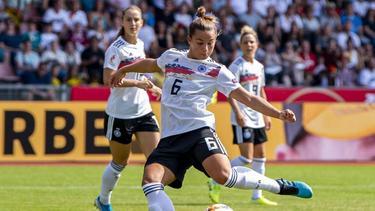 Bekam von der Bundestrainerin ein Sonderlob: DFB-Küken Lena Oberdorf