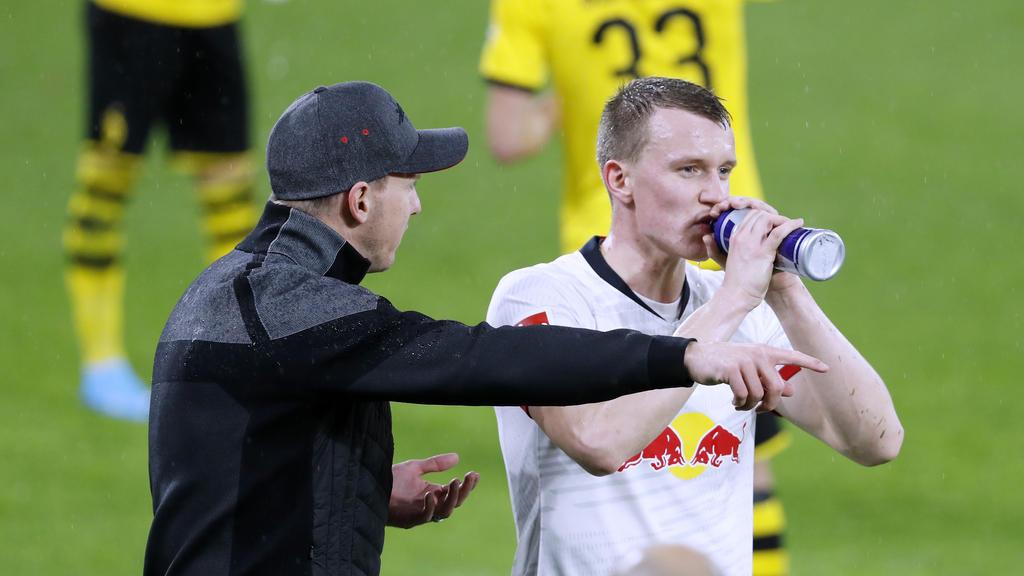 Lukas Klostermann (r.) hat unter anderem den FC Bayern und den BVB auf den Plan gerufen