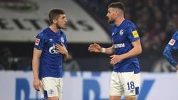 Jonjoe Kenny (l.) ist auf Schalke eine feste Größe